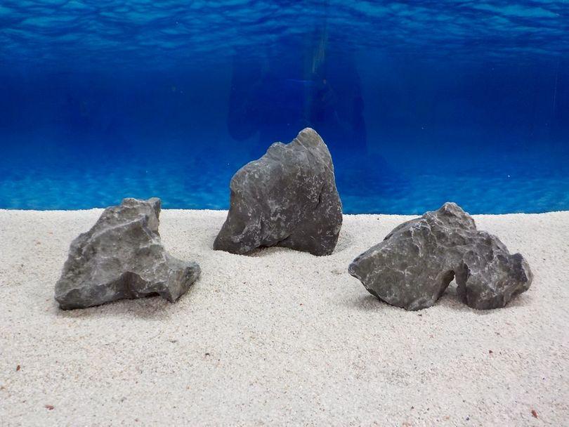 "Aquarium graue Dekosteine Seiryu Art.67 ""original Foto"" Größe M 12-18cm Nr.6676"