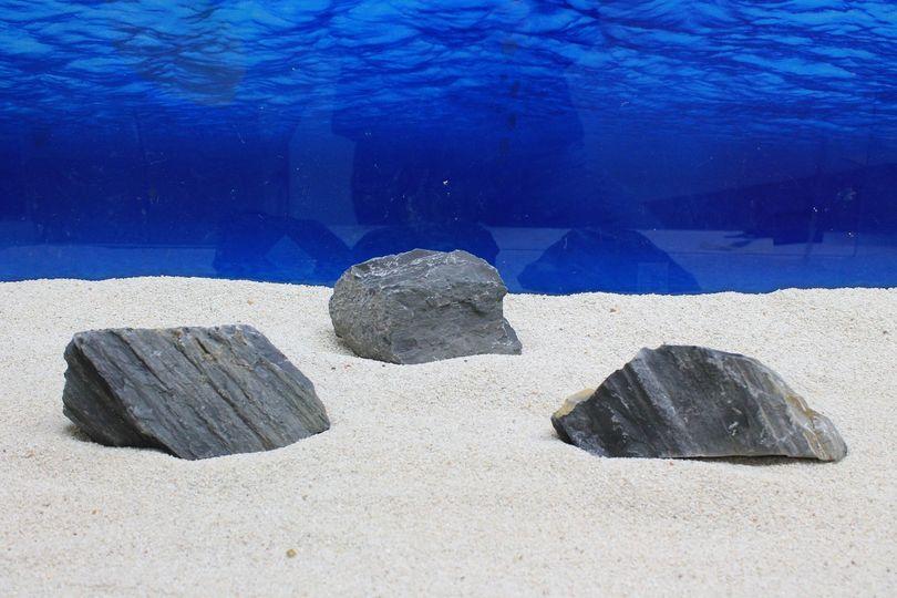 """Aquarium schwarze Dekosteine Art.65 """"original Foto"""" Größe M 12-20cm Nr.7703"""