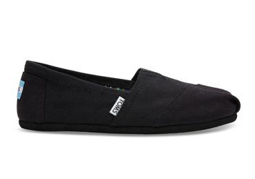TOMS - BLACK ON BLACK CANVAS CLASSICS