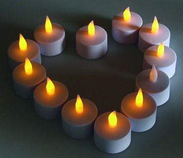 flackerndes LED Teelicht / LED-Kerze – Bild 1