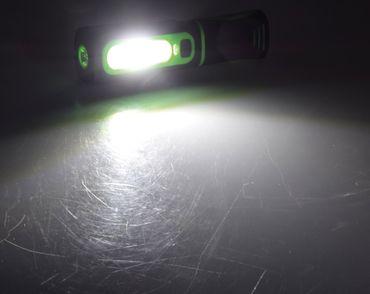 "LED Stableuchte mit Akku ""FlexiLED 300+"" – Bild 3"