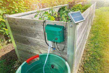 Solar Bewässerungssystem Water Drops Komplettset Pflanzenbewässerung mit 15 Sprinklern Esotec 101100