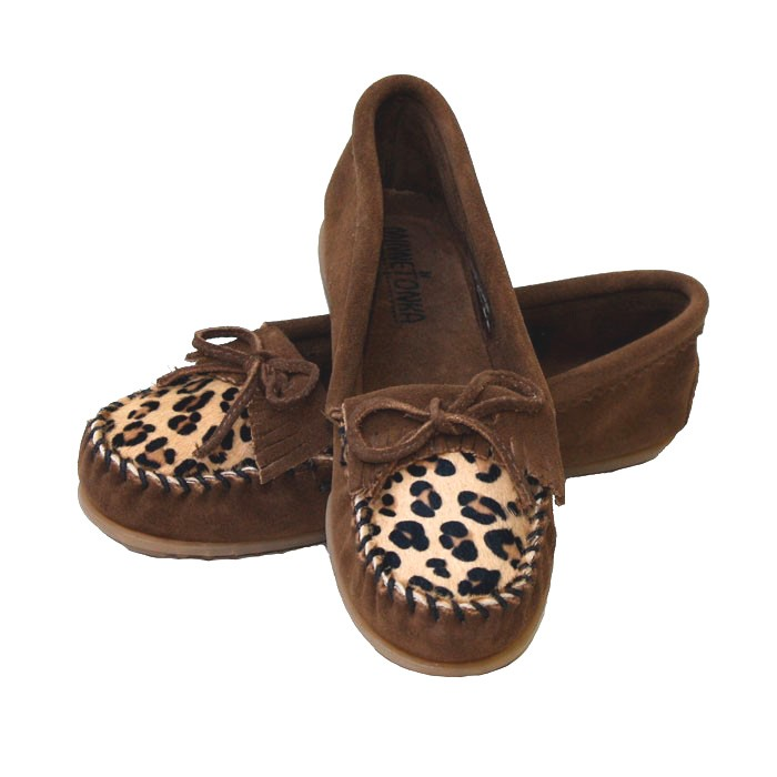 Minnetonka Leopard Kilty Moccasin --- SALE – Picture 3
