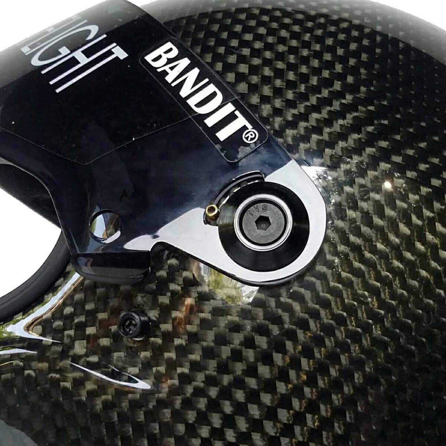 Bandit Crystal Race Carbon for Streetfighter – Picture 3