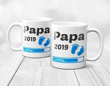 Papa 2019 Loading Junge / Boy / Blau - Tasse – Bild 4