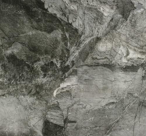 Bodenfliese poliert Marmoroptik anthrazit Omega anthrazit 80x80 cm