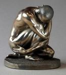 BODY TALK 70931 - man poses - Akt Skulptur - Athlet knieend - Figur H 12.00 cm 001
