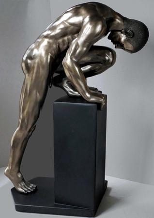 BODY TALK 74995 - man poses Akt Skulptur  Athlet auf Sockel - H 35.00 cm XL-SIZE
