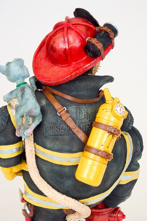 GUILLERMO FORCHINO - Firefighter - Feuerwehrmann   – Bild 3