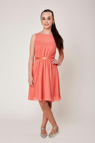 Weise Kleid aus Chiffon