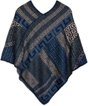 styleBREAKER Poncho mit Meander Ornament Muster, weich und fransig, V-Ausschnitt, Damen 08010037 – Bild 3
