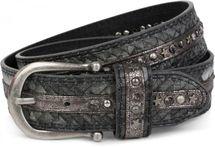 styleBREAKER Nietengürtel in cooler Flecht-Optik, mit Kugel-, Stern- und Strass Nieten besetzt, Gürtel, kürzbar, Damen 03010075 – Bild 2