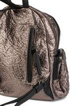 styleBREAKER Rucksack Handtasche in Metallic Stepp Optik und Reißverschluss, Tasche, Damen 02012199 – Bild 12