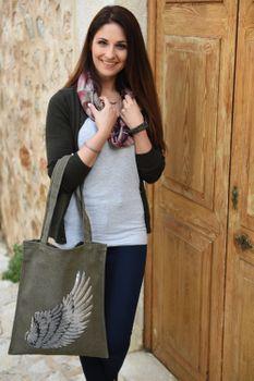 styleBREAKER Einkaufstasche mit Pailletten Flügel Applikation, Tragetasche, Canvas Stofftasche, Tasche, Unisex 02012213 – Bild 12
