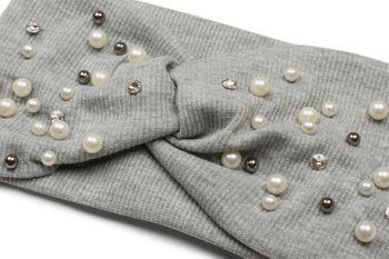 styleBREAKER Damen Haarband in Feinripp Optik mit Schleife, Strass und Perlen, Twist Knoten, Stirnband, Headband 04026011 – Bild 15