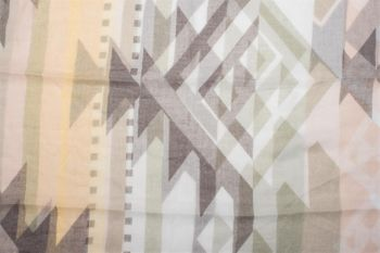 styleBREAKER Loop Schal mit Kelim Azteken Muster Print, Schlauchschal, Tuch, Damen 01016161 – Bild 12