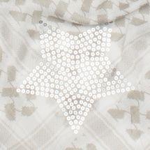 styleBREAKER Dreieckstuch XXL mit Camouflage Mustermix, Pailletten Stern, Quasten und Fransen, Schal, Tuch, Damen 01016169 – Bild 24
