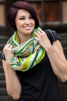 styleBREAKER Damen Loop Schlauchschal mit Streifen und Paisley Muster Mix, Schal, Tuch 01018004