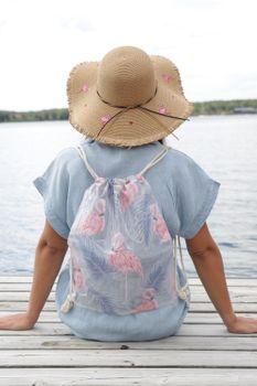 styleBREAKER transparenter Turnbeutel mit Flamingo und Palmen Print, wasserabweisend, Sportbeutel, Rucksack, Beutel, Unisex 02012250 – Bild 5