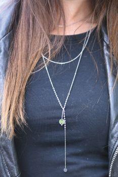 styleBREAKER Damen Edelstahl Layer Halskette 3-reihig mit Perlen und runden Anhängern, Ankerkette, Kette, Schmuck 05030055 – Bild 10