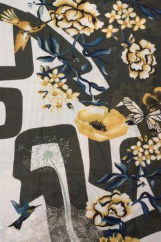 styleBREAKER Damen Schal mit Blumen, Vögel Ornament Muster und Fransen, Stola, Tuch 01017086 – Bild 10