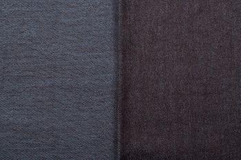 styleBREAKER 2-farbiger weicher Schal mit Fransen, Winter, Stola, Tuch, Unisex 01017087 – Bild 2