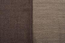styleBREAKER 2-farbiger weicher Schal mit Fransen, Winter, Stola, Tuch, Unisex 01017087 – Bild 4