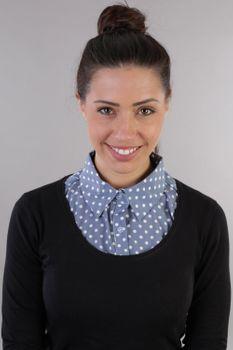 styleBREAKER Damen Blusenkragen Einsatz mit Punkte Muster und Knopfleiste, Kragen für Blusen und Pullover, Rockabilly Style 08020005 – Bild 34