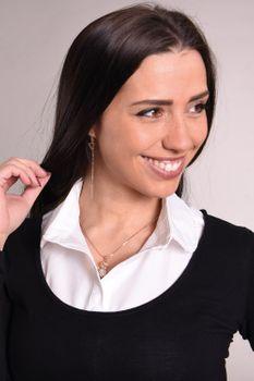 styleBREAKER Damen Blusenkragen Einsatz mit Mäusezahnspitze gesäumt und Knopfleiste, Kragen für Blusen und Pullover, Vintage Style 08020007 – Bild 7