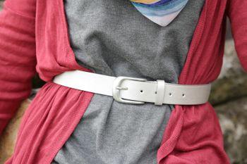 styleBREAKER Gürtel Unifarben mit Oberfläche in Pinselstrich Optik, Vintage Design, Used Look, kürzbar, Unisex 03010098 – Bild 31