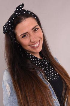 styleBREAKER Damen Haarband mit Punkte Muster, Schleife und Gummizug, Stirnband, Headband, Pinup, Rockabilly, Haarschmuck 04026036 – Bild 13