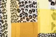 styleBREAKER women tube scarf with leopard animal print pattern and colour blocking patches, snood, shawl 01016182 – Bild 12