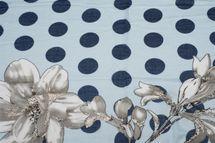 styleBREAKER Damen Schal mit Metallic Blumen Muster, Punkte und Fransen, Tuch 01016183 – Bild 21