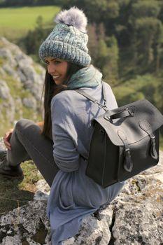 styleBREAKER Multifunktion Messenger Bag Umhängetasche mit Schnallen, Schultertasche, Rucksack, Aktentasche, Unisex 02012312 – Bild 19