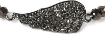 styleBREAKER Damen Perlen Armband mit Strass Flügel Charm Anhänger, Gummizug, Kugelarmband, Schmuck 05040172 – Bild 7
