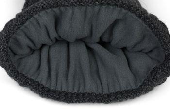 styleBREAKER Unisex warme Strick Bommelmütze mit Flecht Muster und Fleece Futter, Winter Fellbommel Mütze 04024171 – Bild 8