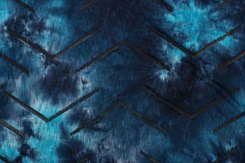 styleBREAKER Unisex Loop Schal mit Batik Verlauf Muster und Rissen im Destroyed Look, Schlauchschal, Tuch 01017126 – Bild 18