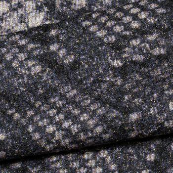 styleBREAKER Damen Beanie Mütze mit Schlange Python Muster und glitzernder Oberfläche, Slouch Longbeanie 04024174 – Bild 6