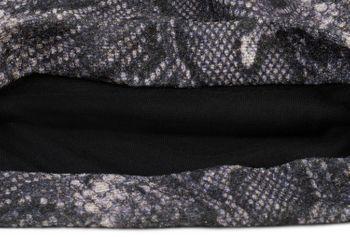 styleBREAKER Damen Beanie Mütze mit Schlange Python Muster und glitzernder Oberfläche, Slouch Longbeanie 04024174 – Bild 8
