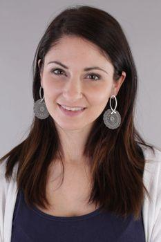 styleBREAKER Damen Edelstahl Ohrringe mit großem runden Ornament Anhänger, Stecker, Ohrhänger, Ohrschmuck 05090024 – Bild 3