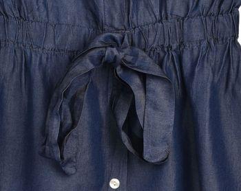 styleBREAKER Damen Minikleid in Jeans Optik kurzärmlig, Blusenkragen und Knopfleiste, Tunika, Blusenkleid, Kleid 08010071 – Bild 6
