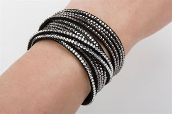 styleBREAKER soft and elegant rhinestone wrab bracelet, wristband, 6x1-row, women jewelry 05040005 – Bild 44