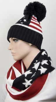 styleBREAKER knitting loop tube scarf snood in USA inspired stars and stripes design, unisex 01018133 – Bild 4