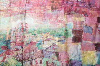 styleBREAKER seidiger Loop Schlauchschal mit malerischem Häuserprint, Damen 01016098 – Bild 10