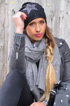 styleBREAKER slouch beanie with star rivets and rhinestone applications, punched rivets, unisex 04024049  – Bild 20