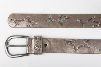 styleBREAKER studded belt with decent star rivet design and vintage look honeycomb embossing, can be cut to length on request, unisex 03010054 – Bild 15