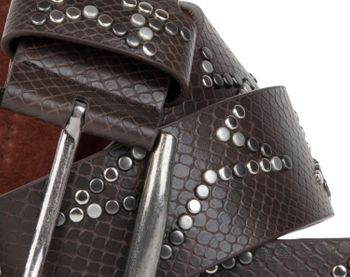 styleBREAKER studded belt with decent star rivet design and vintage look honeycomb embossing, can be cut to length on request, unisex 03010054 – Bild 23