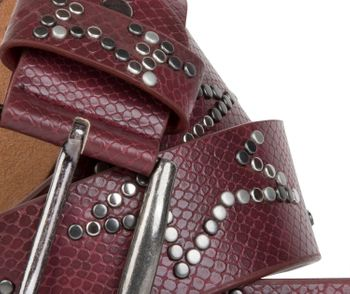 styleBREAKER studded belt with decent star rivet design and vintage look honeycomb embossing, can be cut to length on request, unisex 03010054 – Bild 17