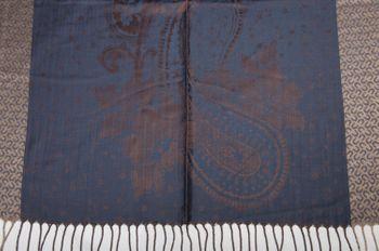 styleBREAKER edler Schal mit Blumen, Paisley, Ornament Muster und Fransen, Stola, Damen 01018095 – Bild 24