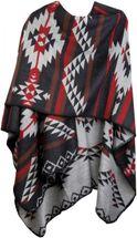 styleBREAKER Poncho mit Azteken Muster, Umhang, Überwurf Cape, Wendeponcho, Damen 08010012 – Bild 3